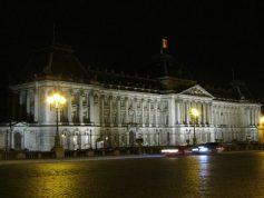 Nightime building in Brussels